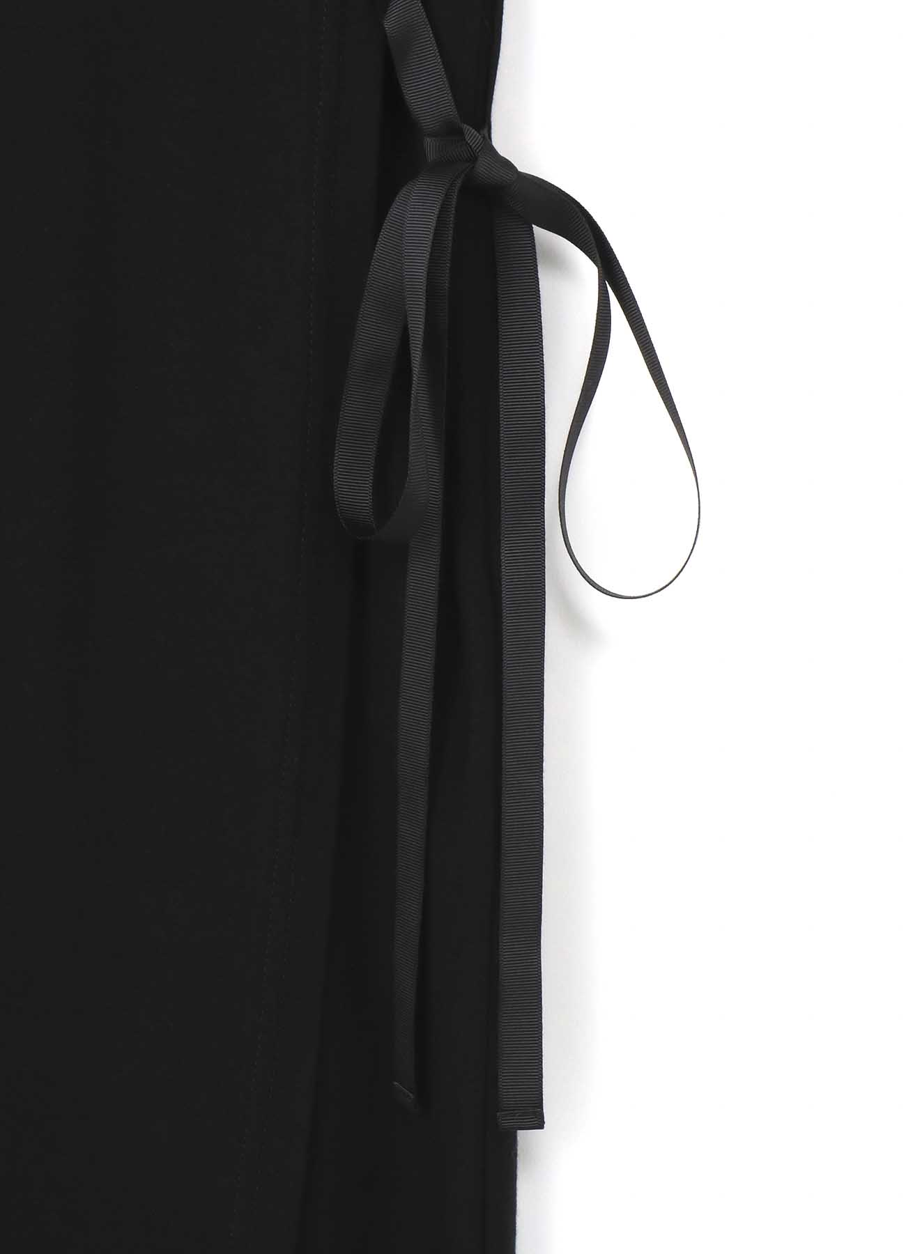 复古设计+ 绑带连衣裙