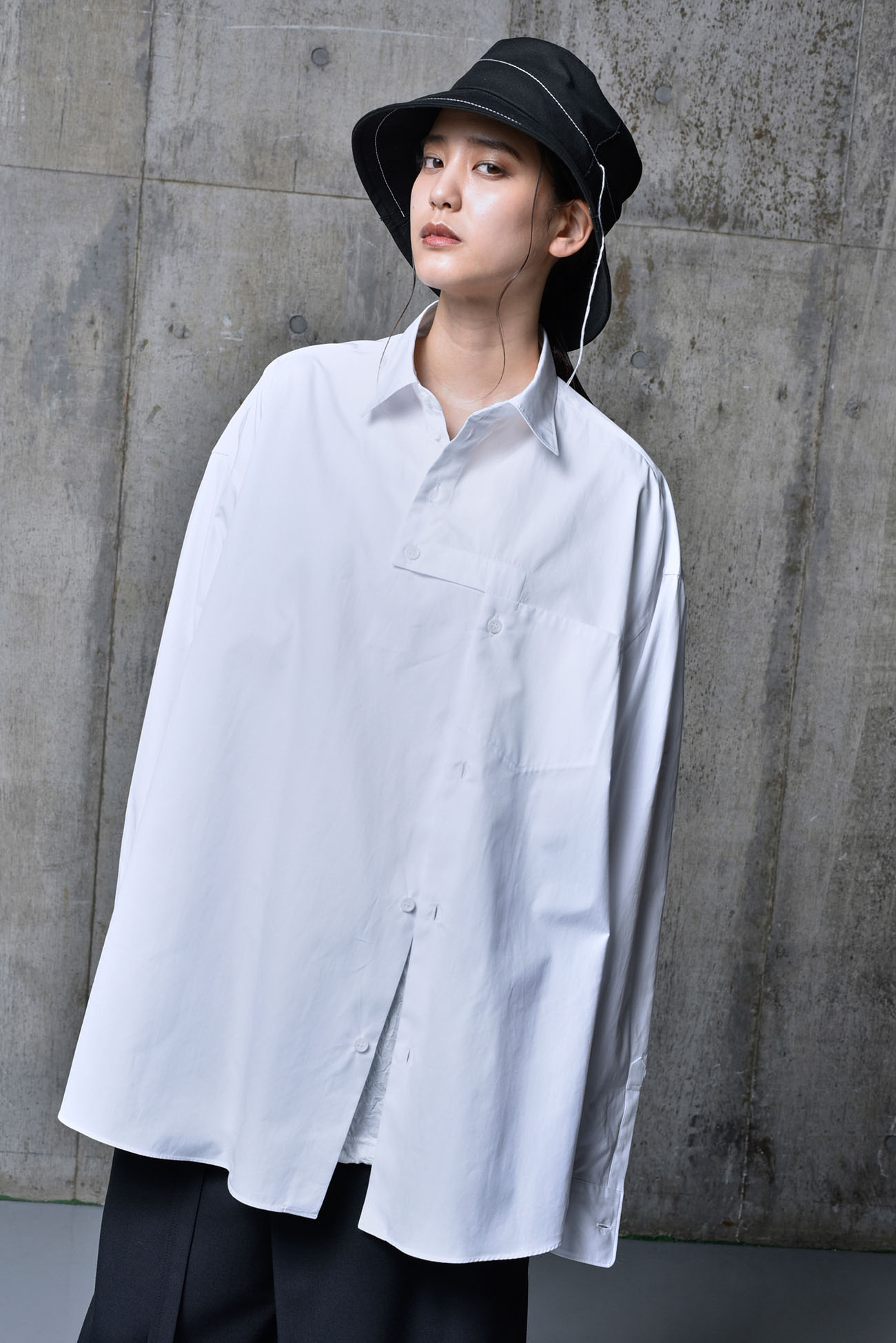 100/2 Cotton Broad Right Angle Opened Shirt