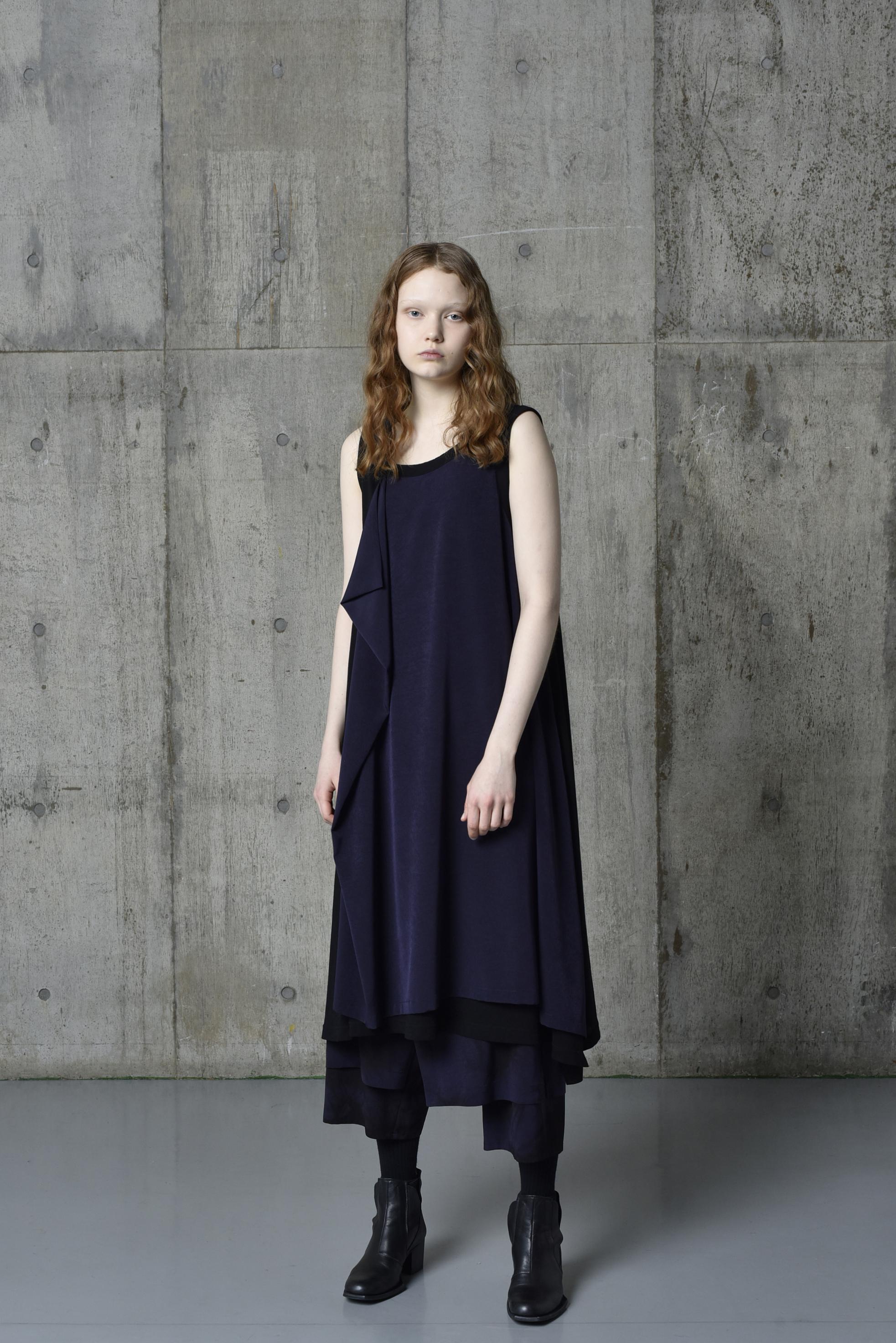 T/A Vintage Decyne Combination Sleeveless Drape Dress