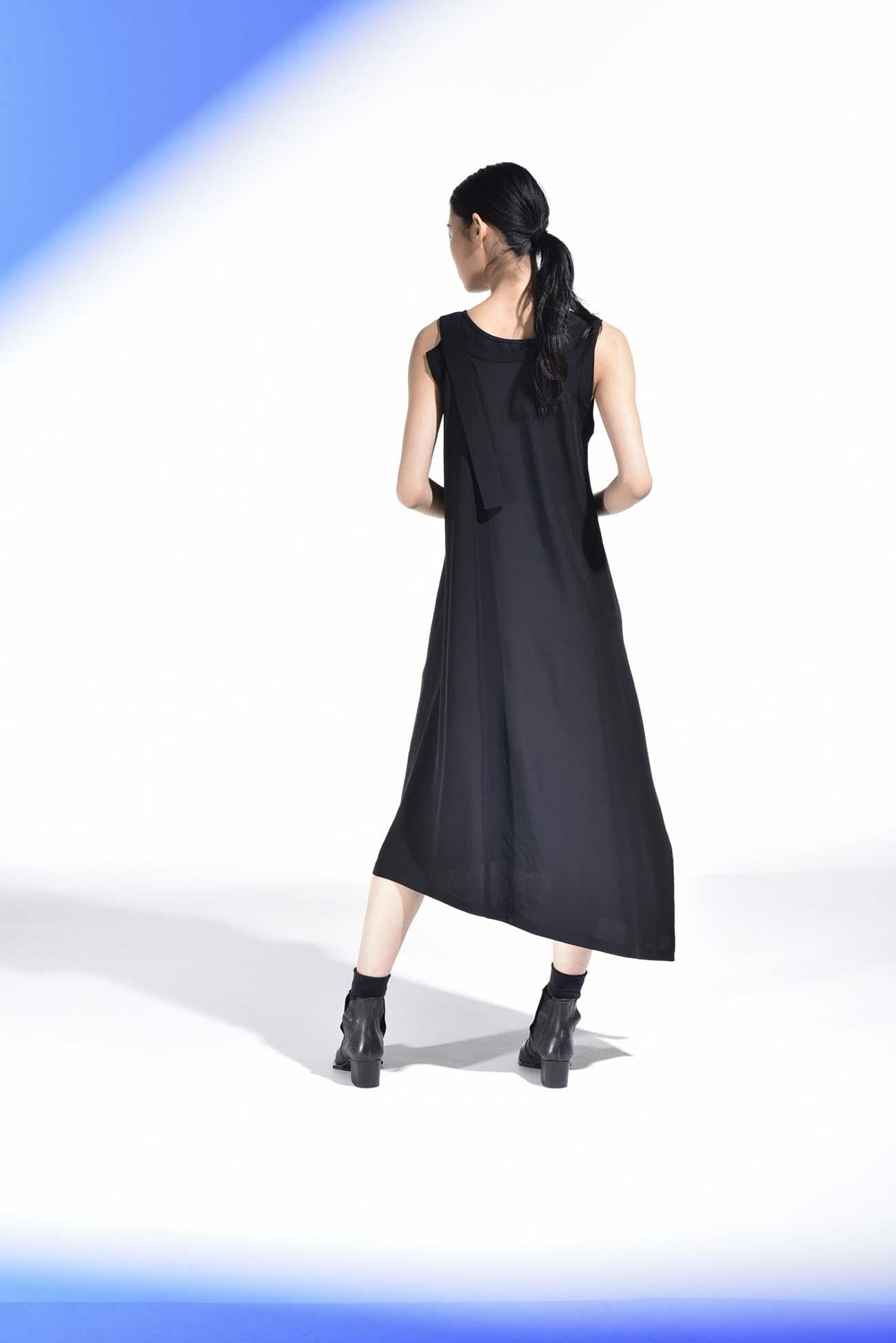 复古风情不对称设计连衣裙