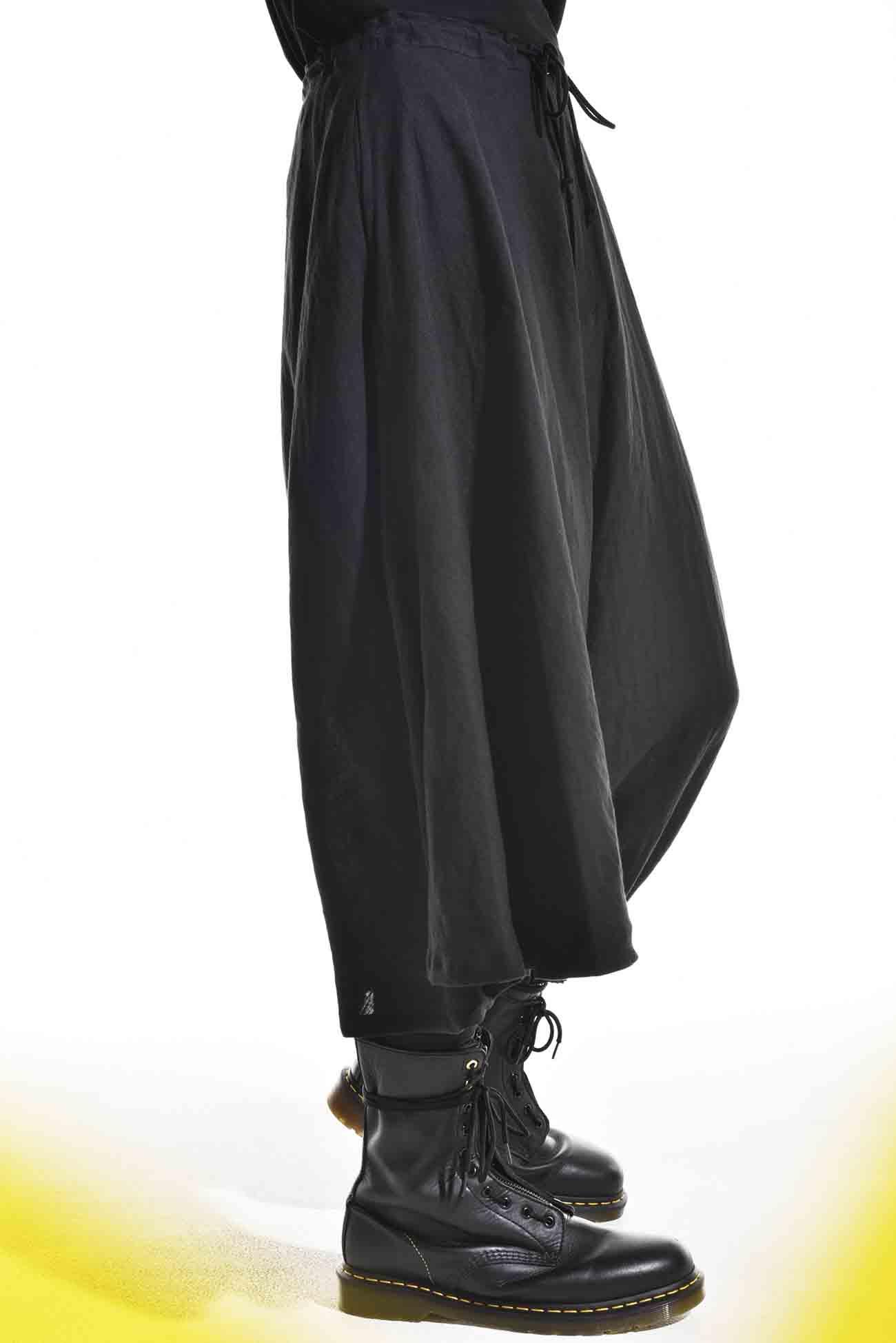 亚麻不对称灯笼裤