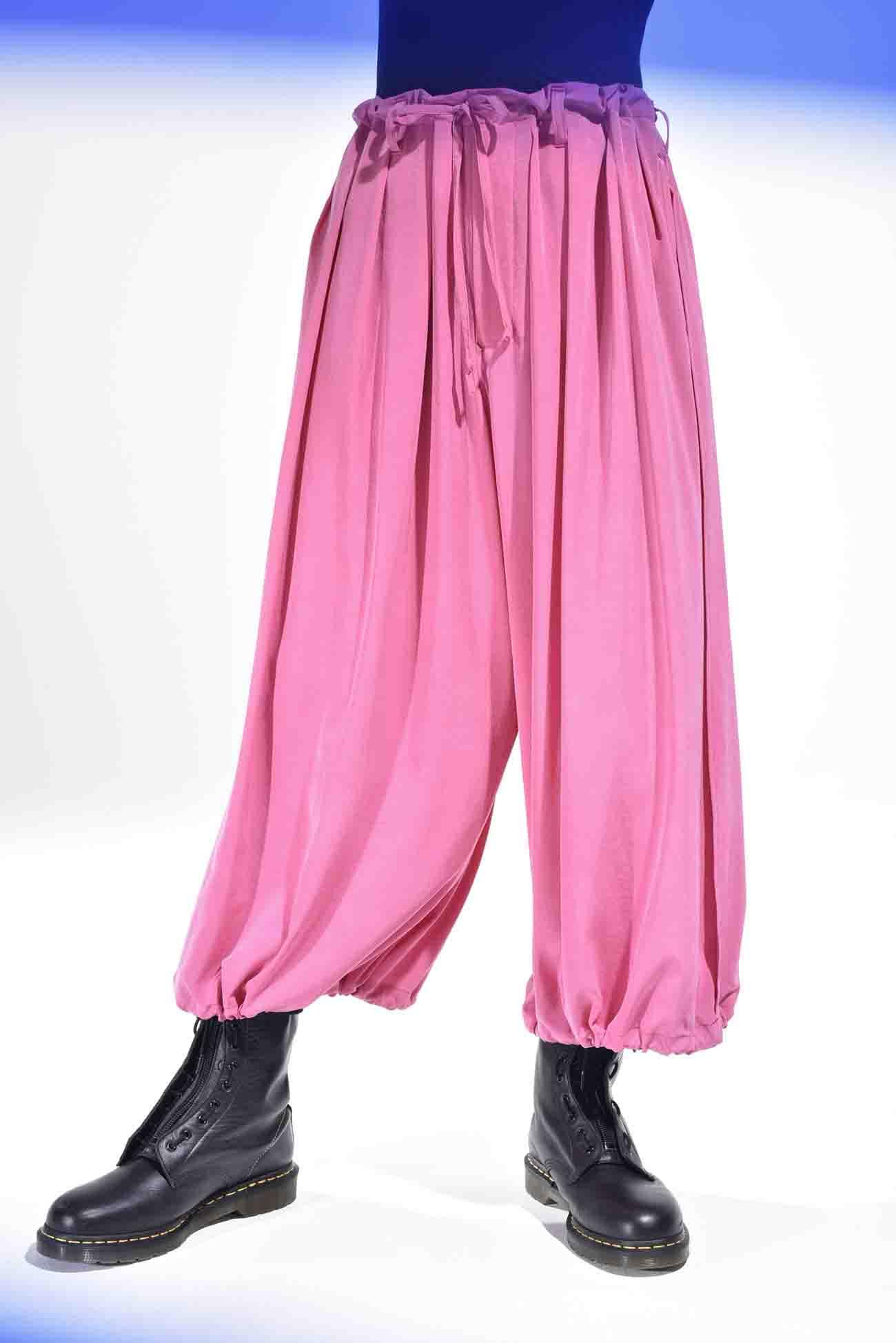 复古风情灯笼裤