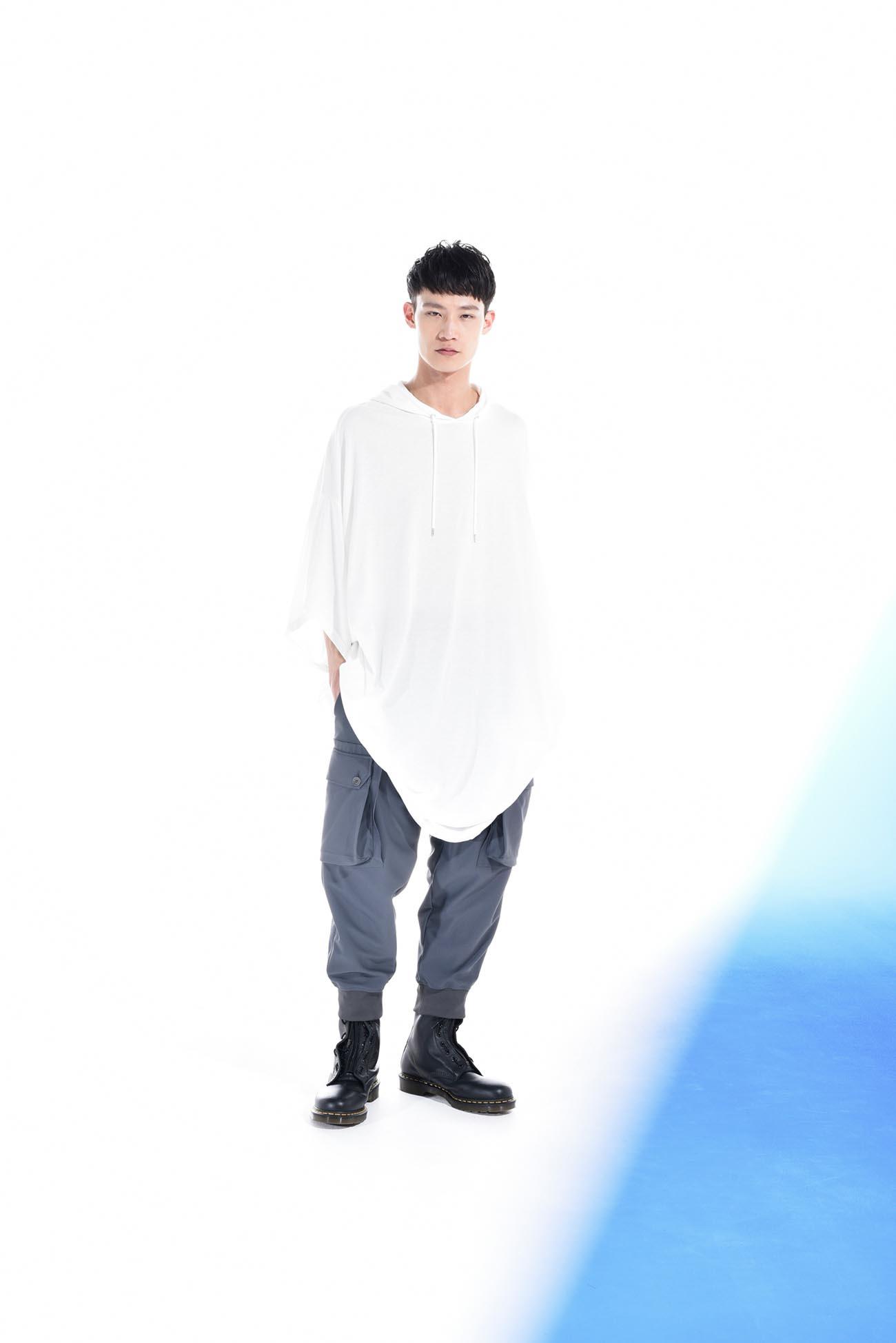 30 / -Mod长袖连帽衫