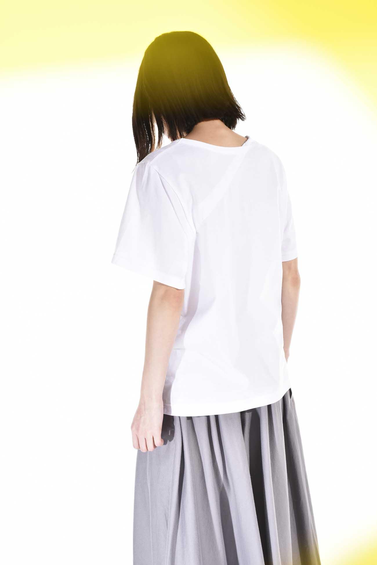 背后拼接短袖T恤