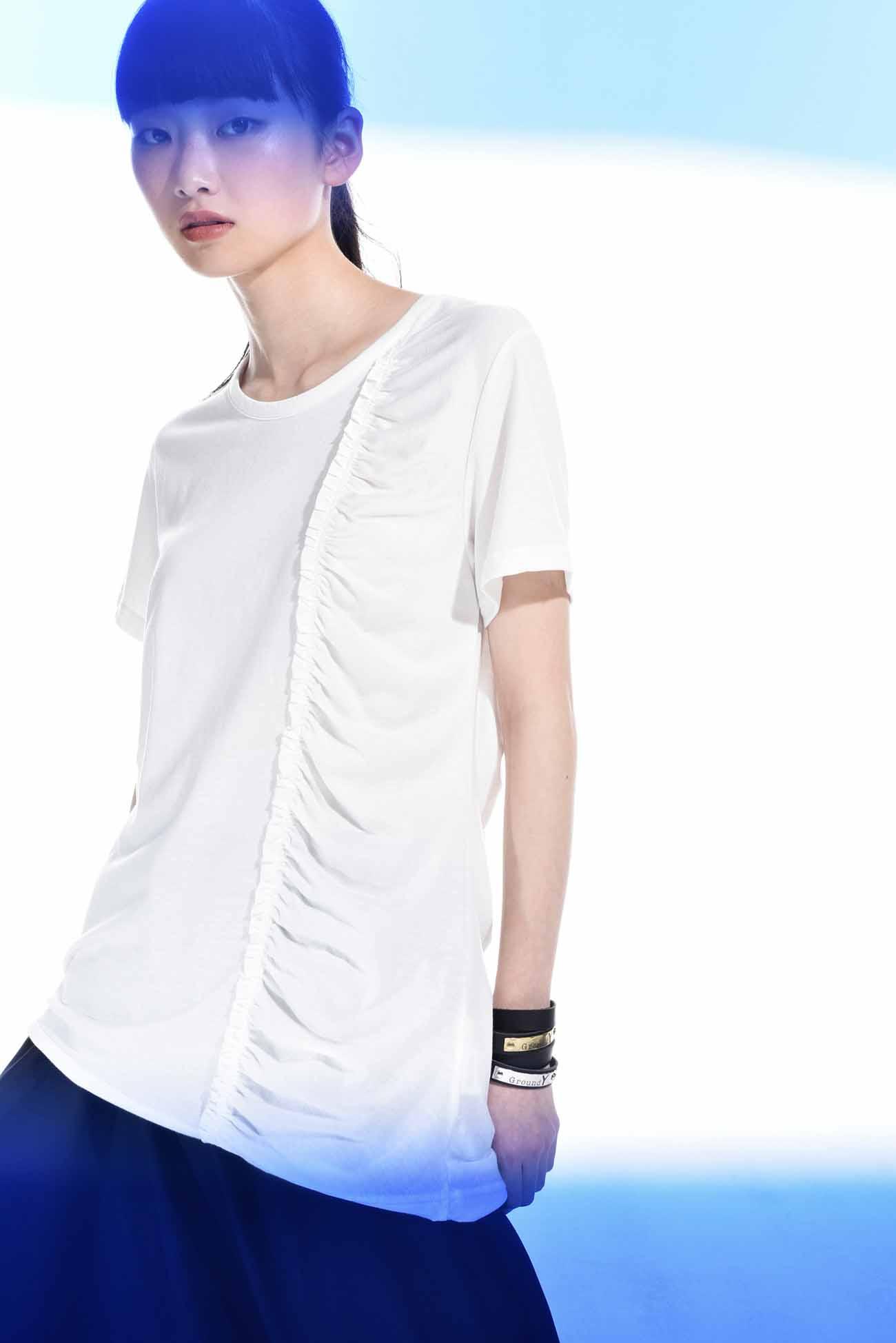 左侧褶皱设计短袖T恤