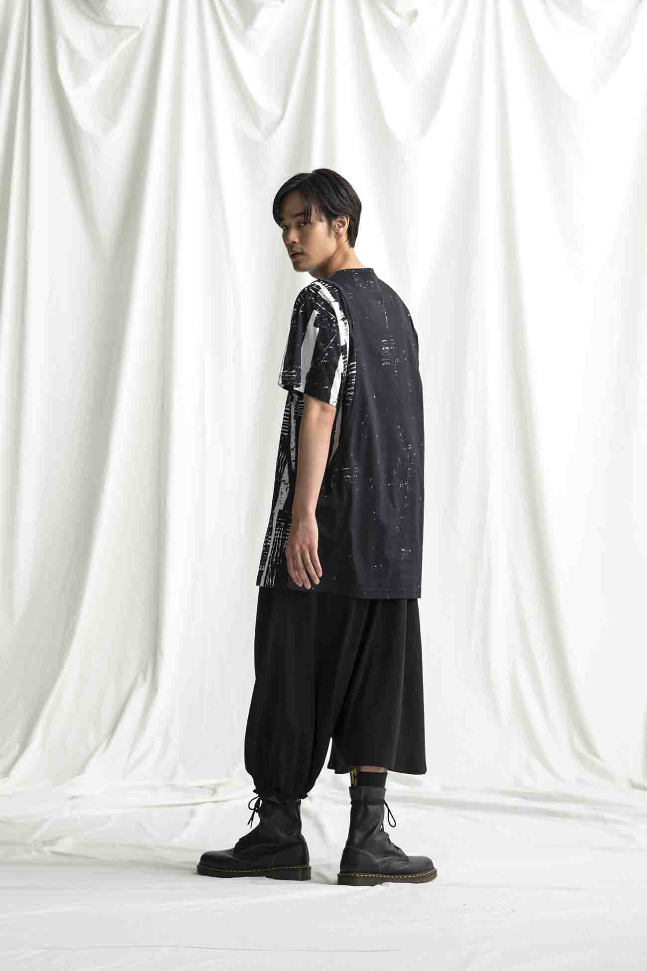 [Redon]  Jersey Right Button Curve T Short Sleeves