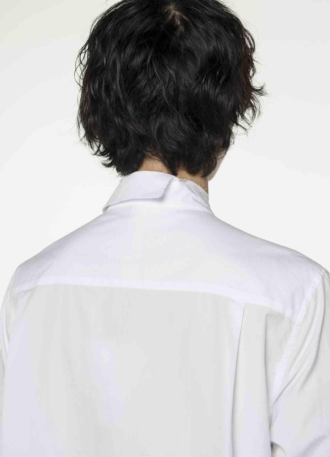 不对称领口衬衫