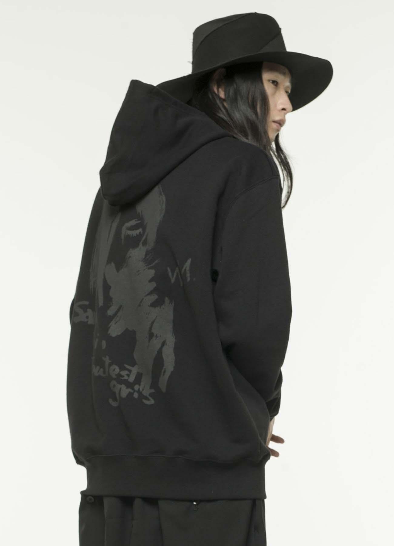 C / 10.0盎司设计图背面印花连帽上衣