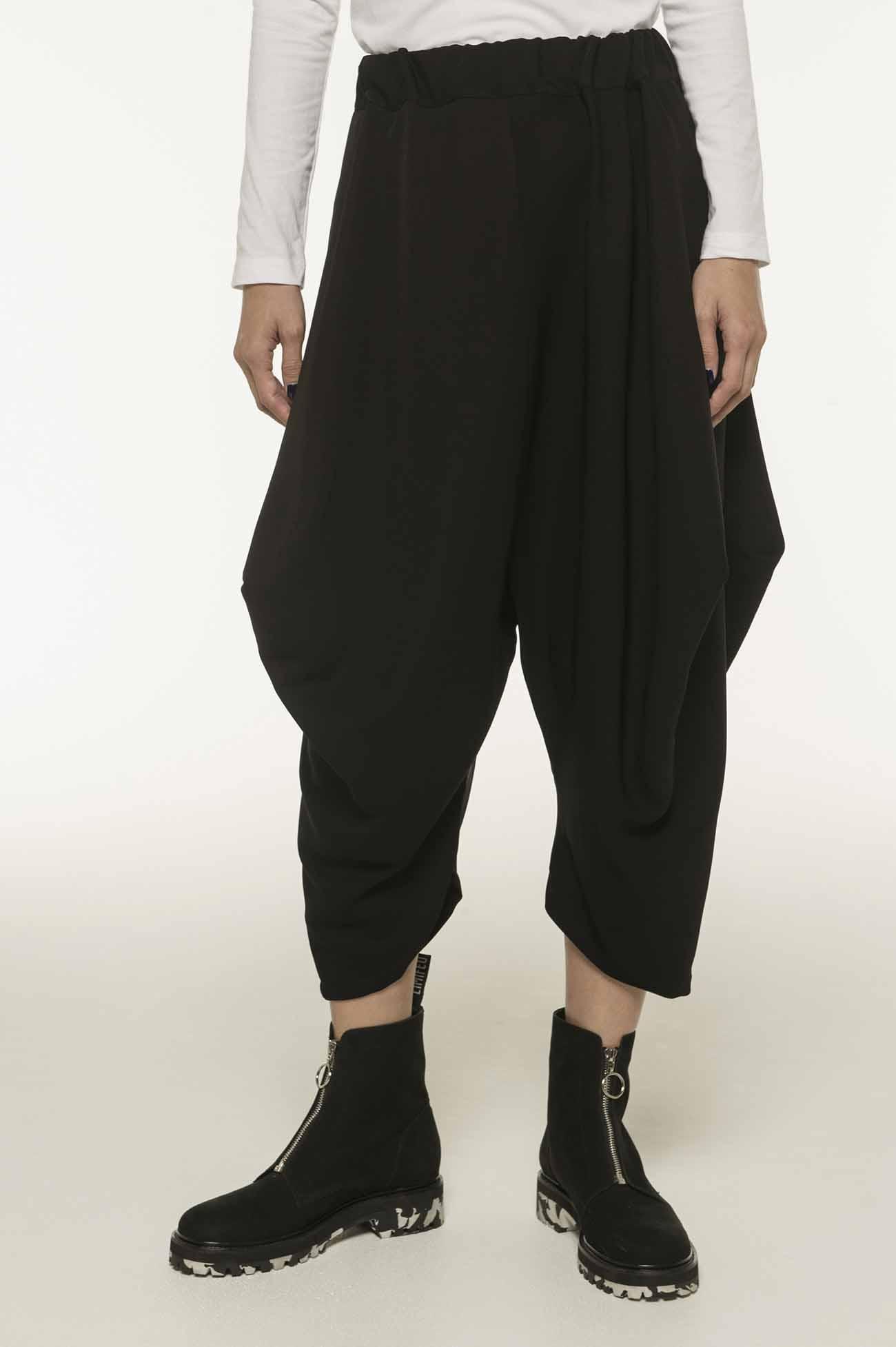 变形设计窄脚裤