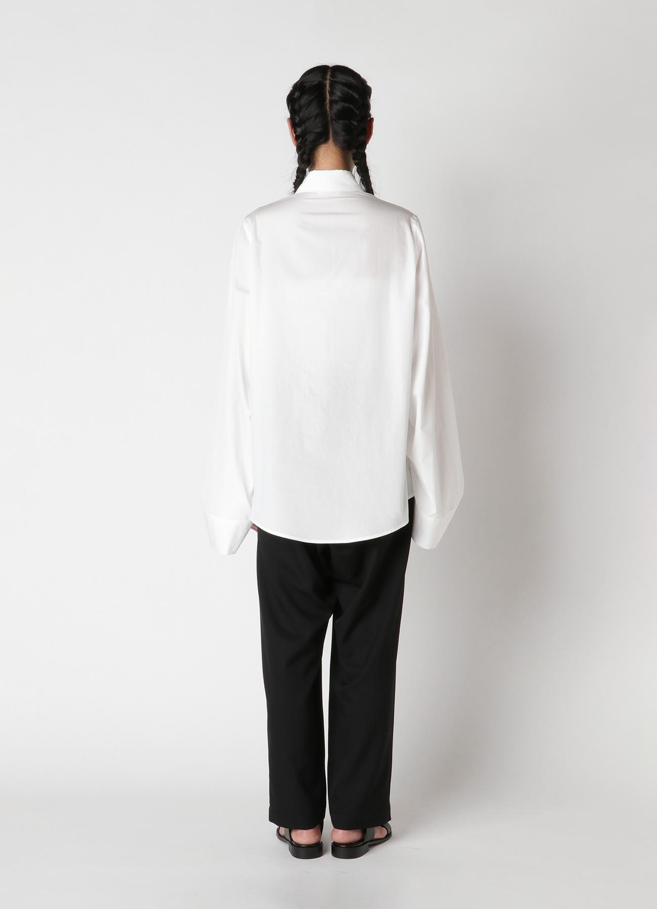 100/2 Broad B Tuck Sleeve Shirt