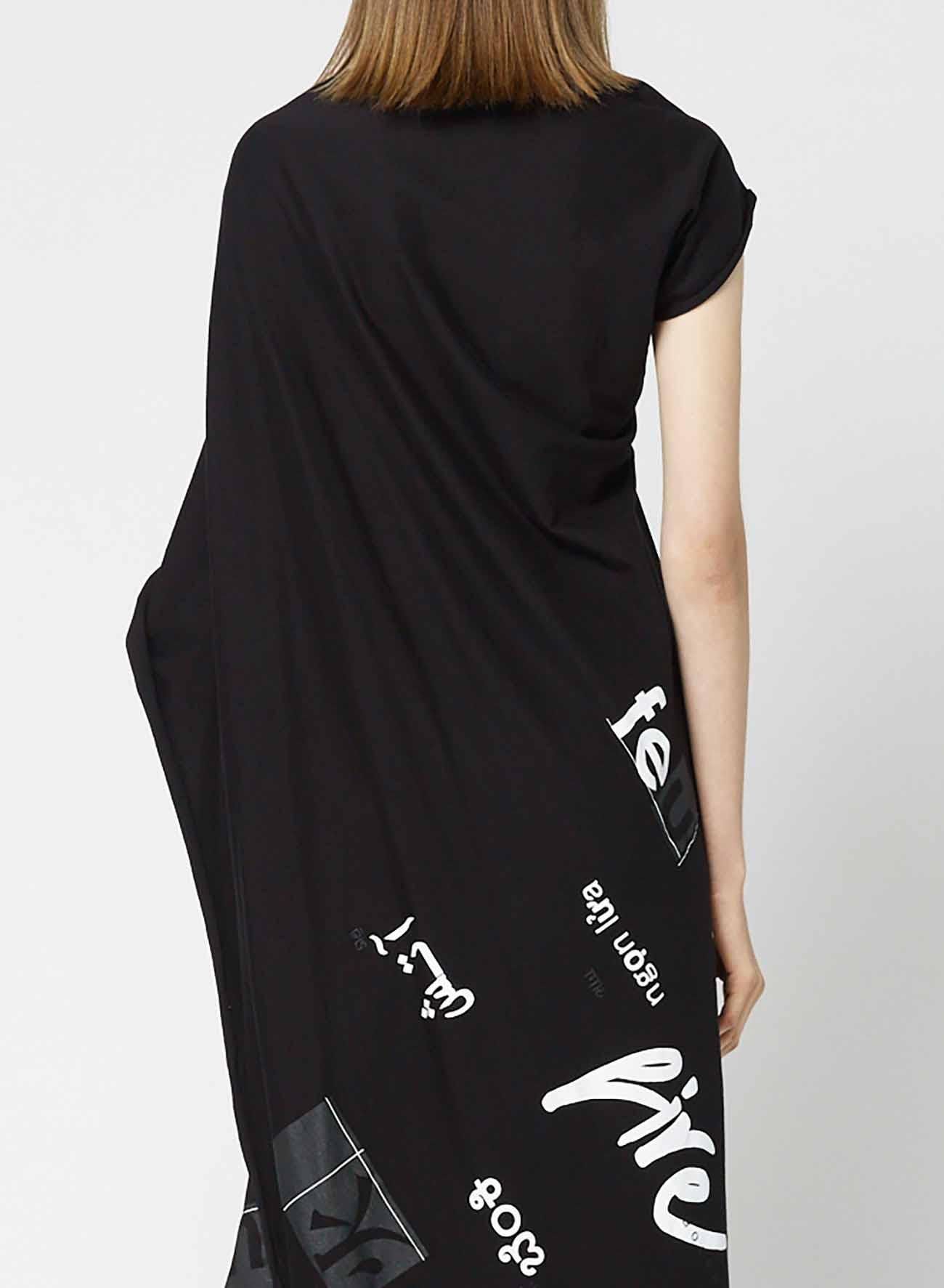 Words [Feu] Print 2 Drape Cut and sew Dress