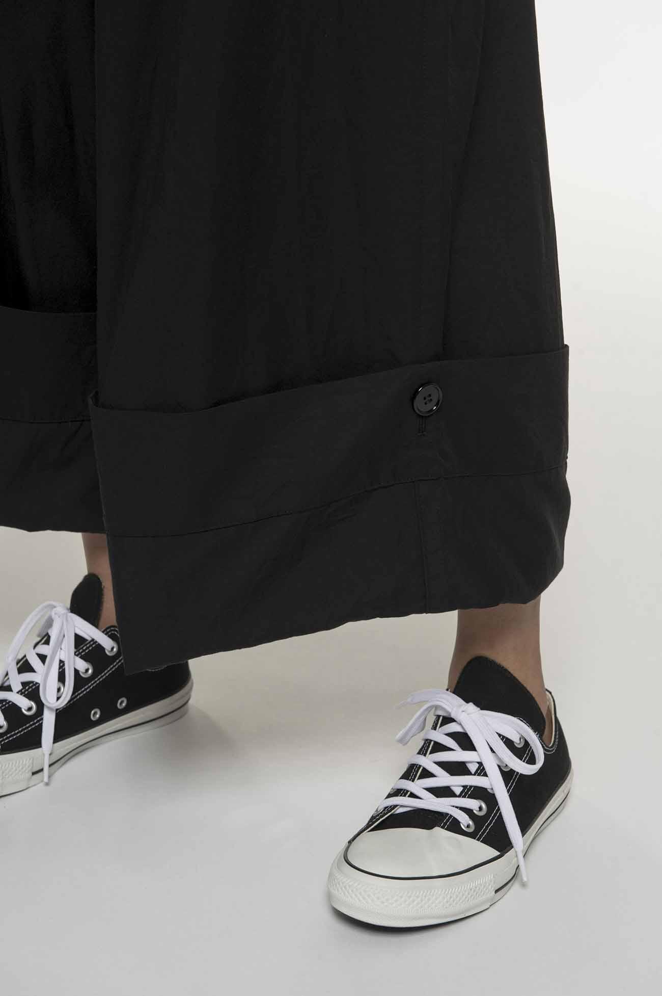 口袋阔腿裤