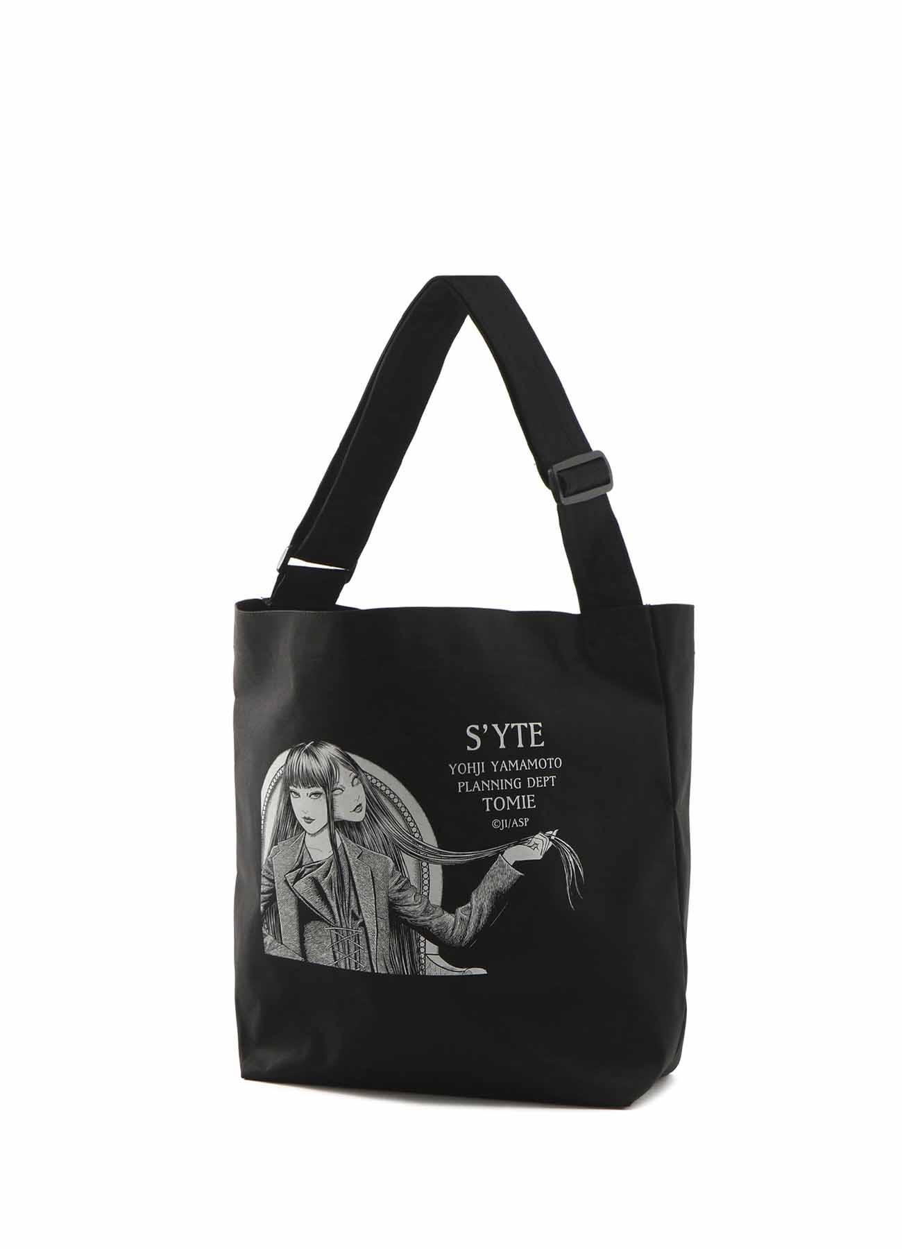 「Tomie」Wearing Yohji Yamamoto Double-Sided Print Pe/ Shoulder Bag