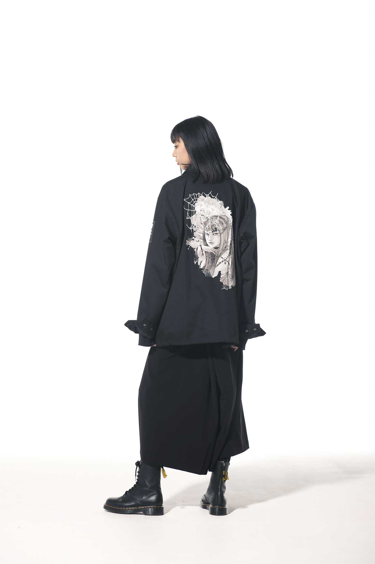 """T/C Whether """"Tomie"""" Flowers and Spider Web Coach Jacket"""