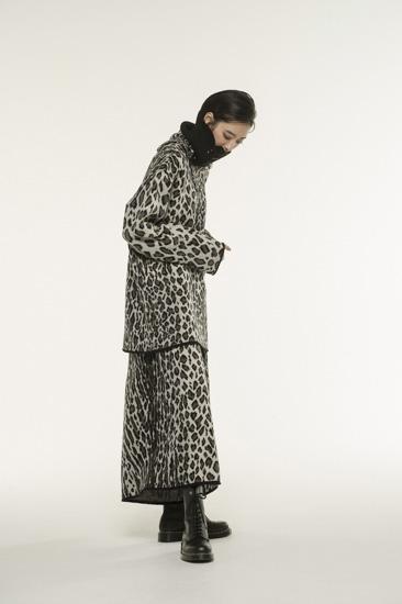 豹纹提花针织宽裤