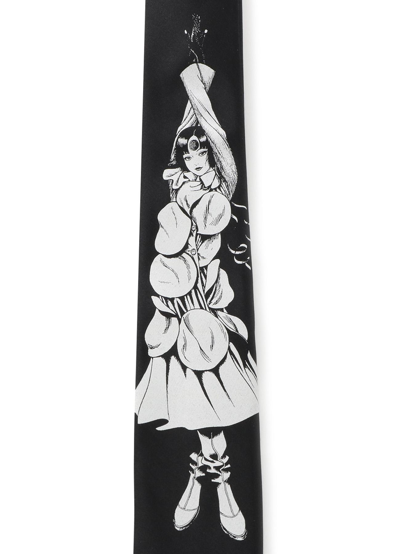 Silk Satin Azami Uzumaki Wearing Yohji Yamamoto Narrow Square Tie
