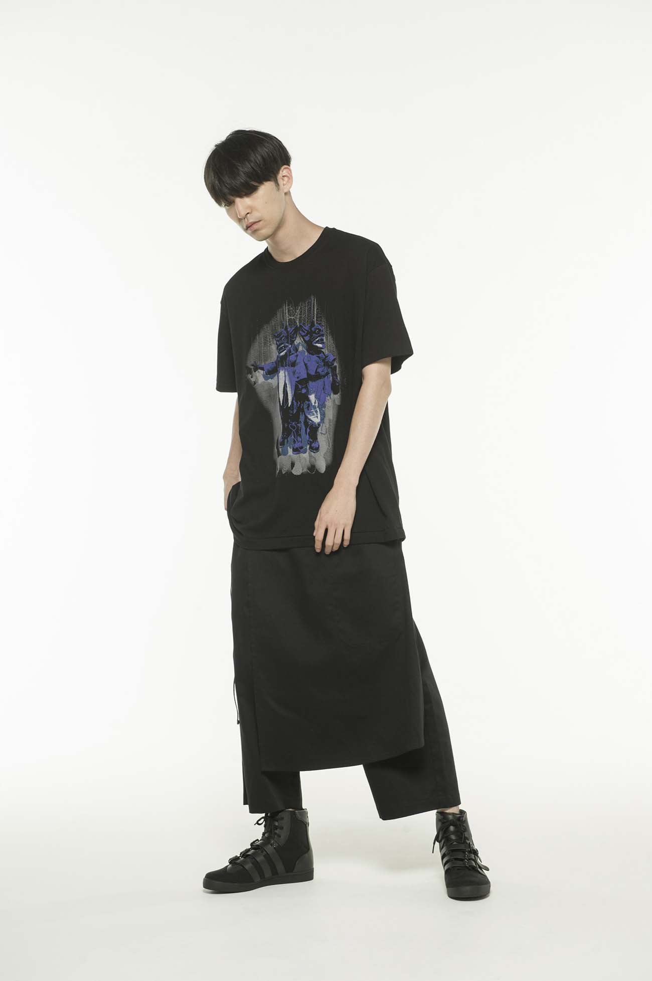20/CottonJersey Two Demons Marionette T-Shirt