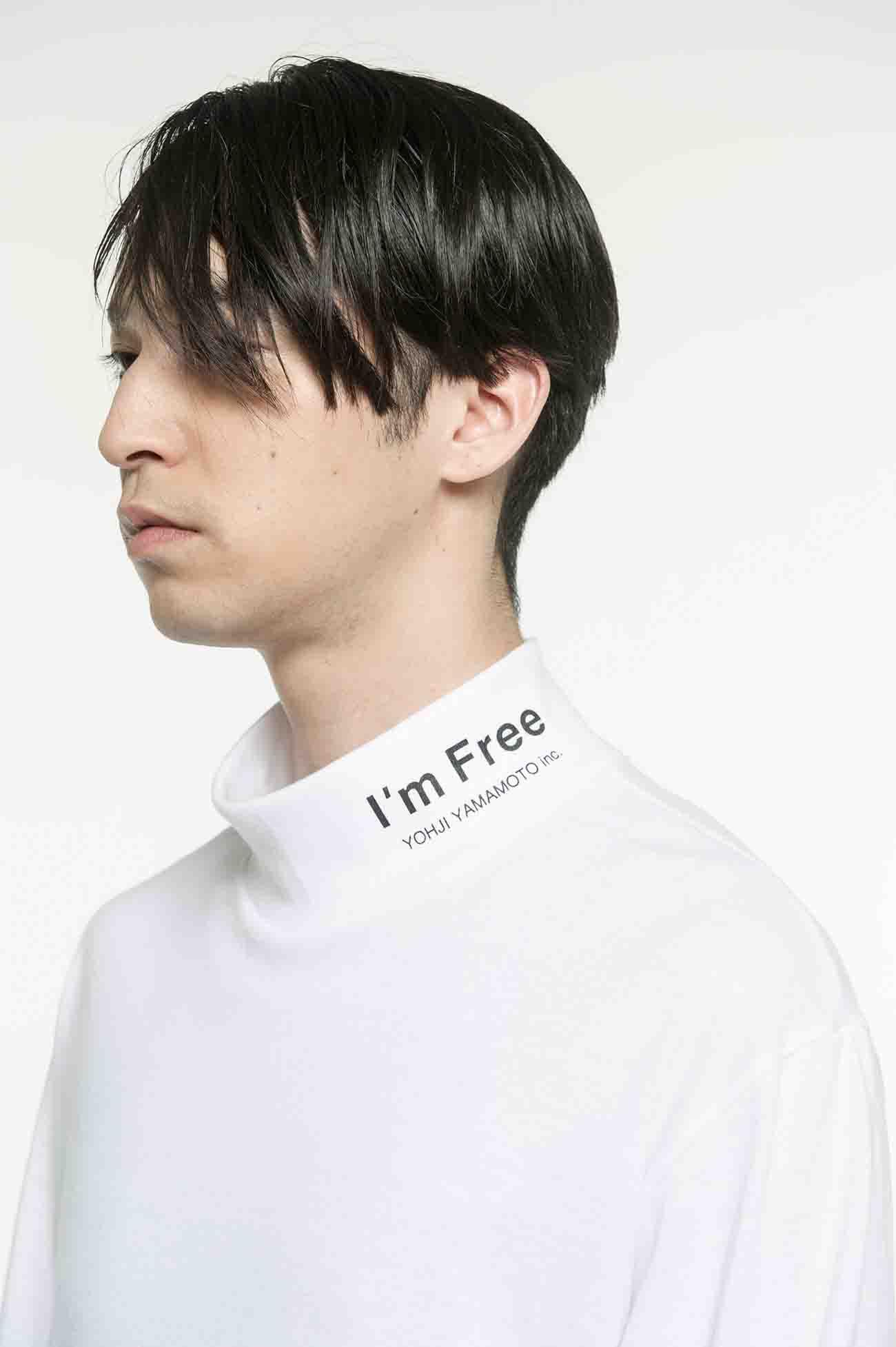 """""""I'm free""""高领长袖T恤"""