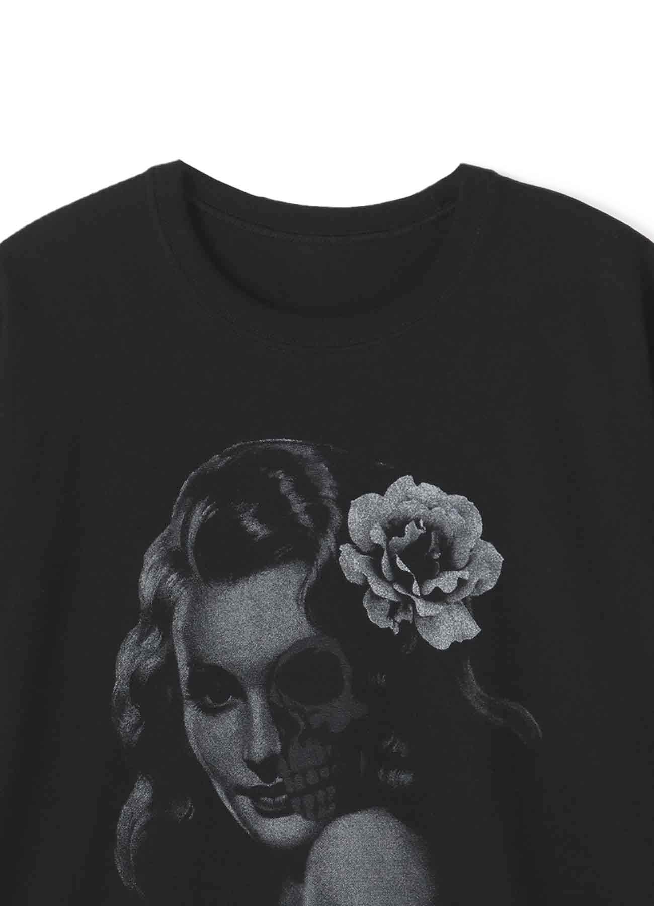 """""""香气,女人,与骸骨"""" T恤"""