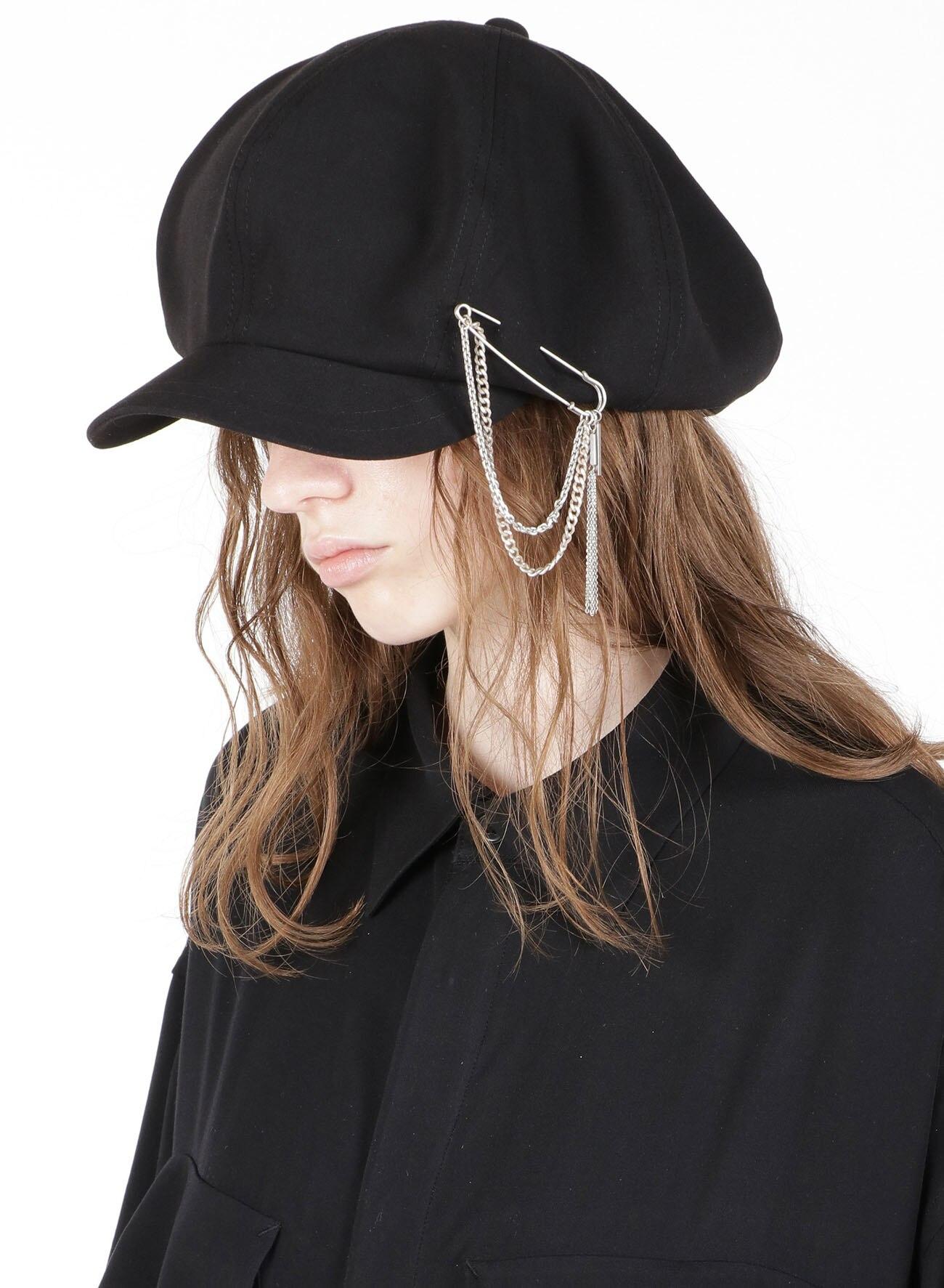 Curve Chain Tassel Brooch