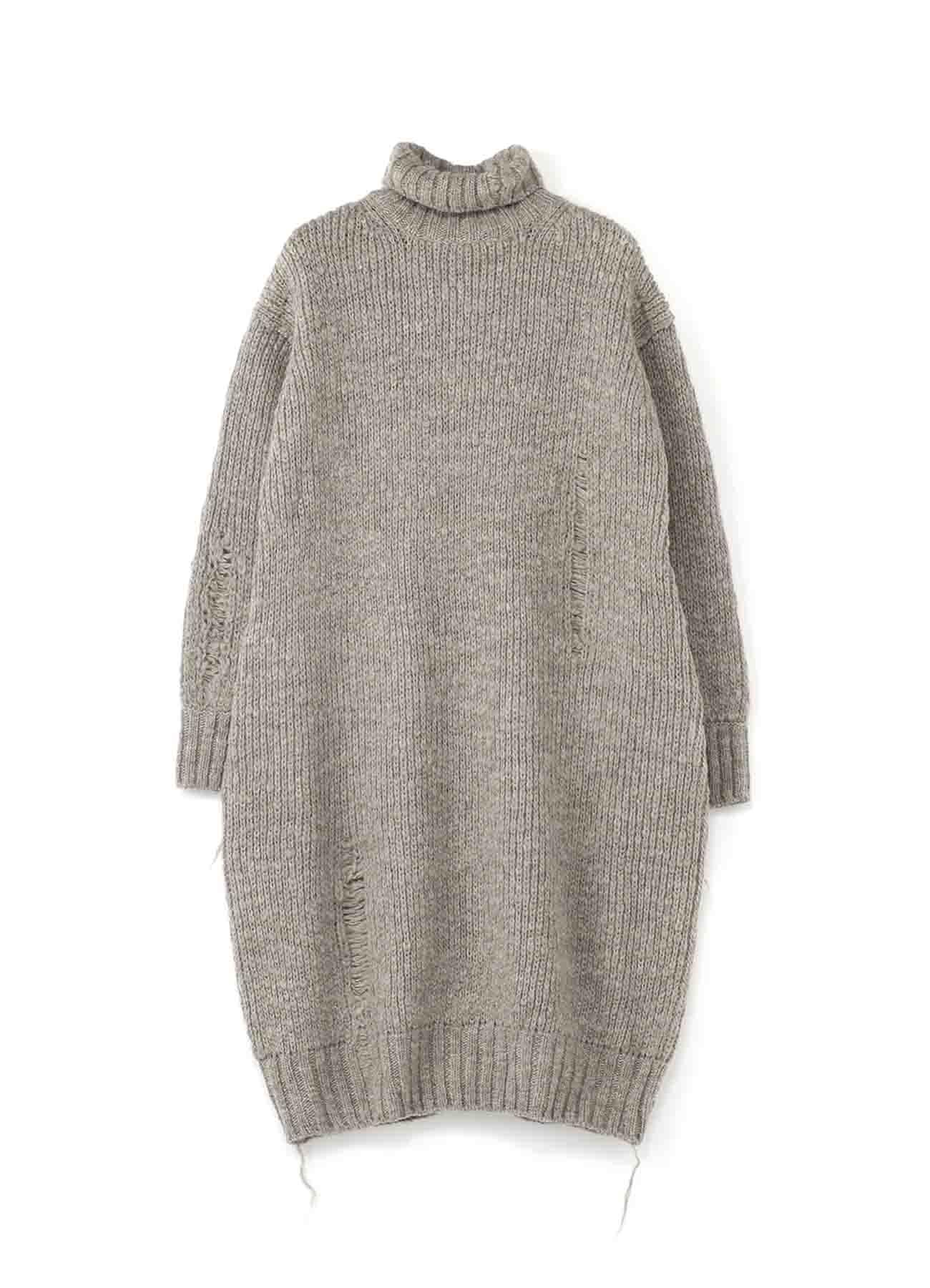 勾线设计长款高领毛衣