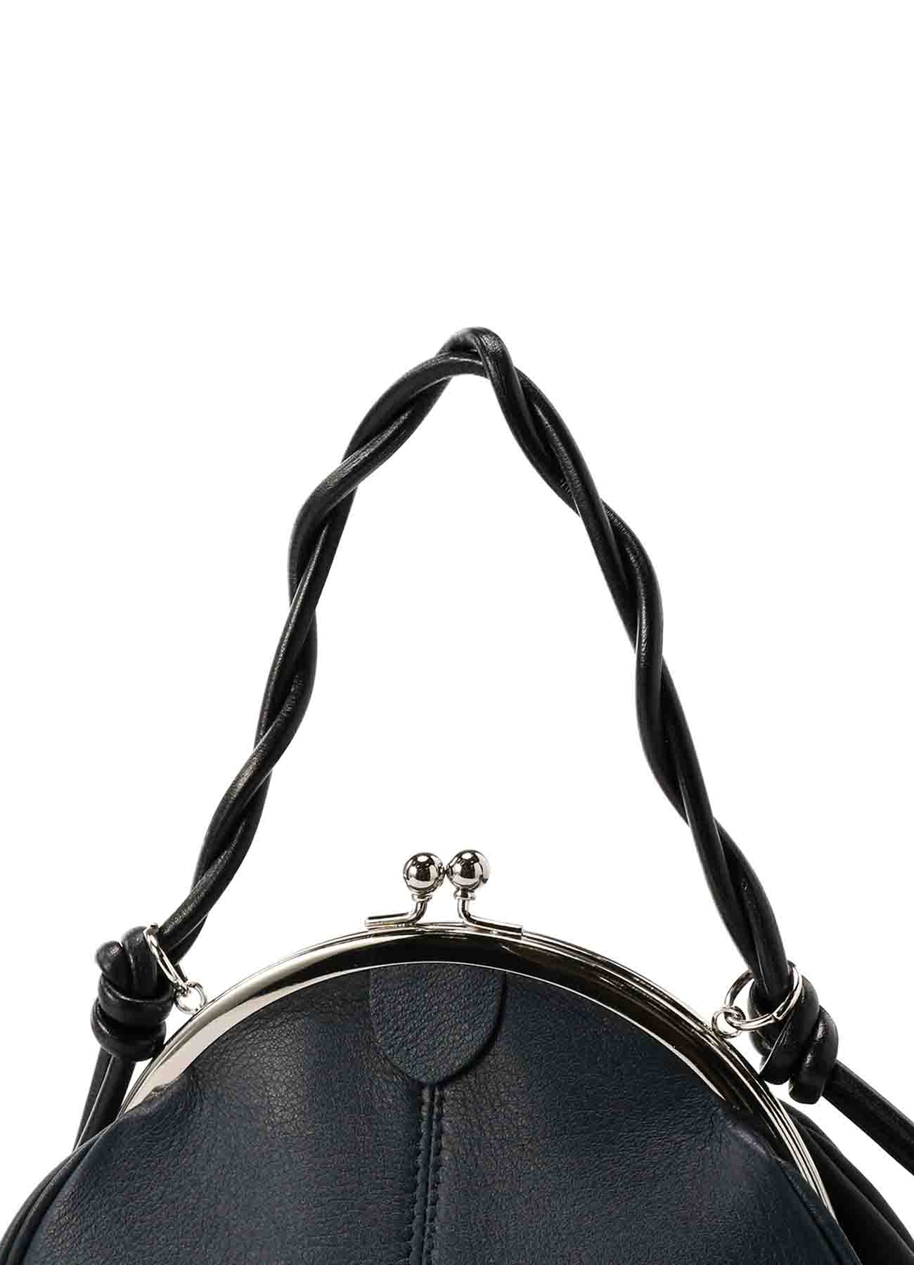 SOFT MATTE LEATHER CLASP ROUND POCHETTE