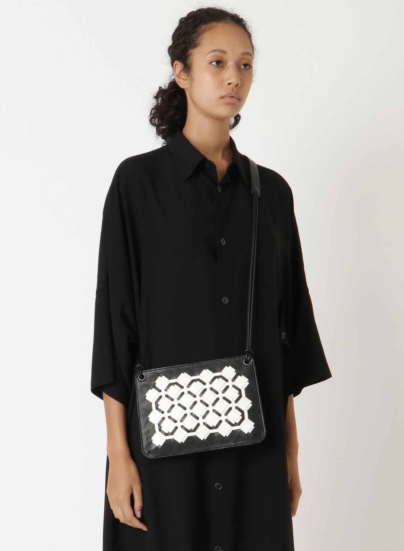 KNITTED LEATHER KNIT FASTENER POCHETTE