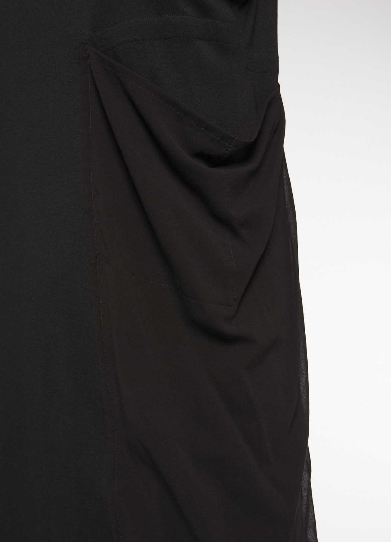 左侧腋下褶皱设计无袖连衣裙