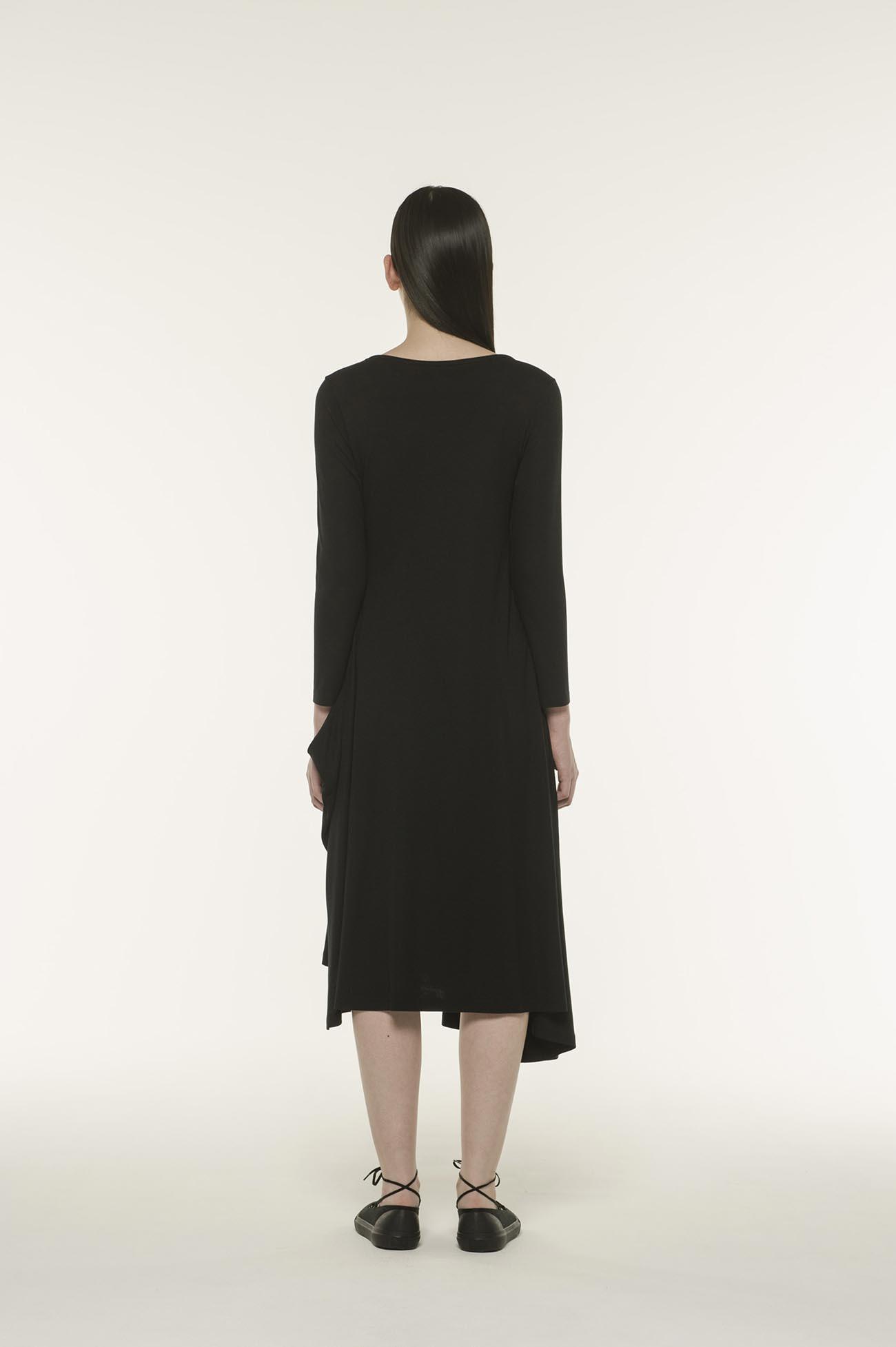MICHIKObyY's 简约鱼尾百褶长袖连衣裙
