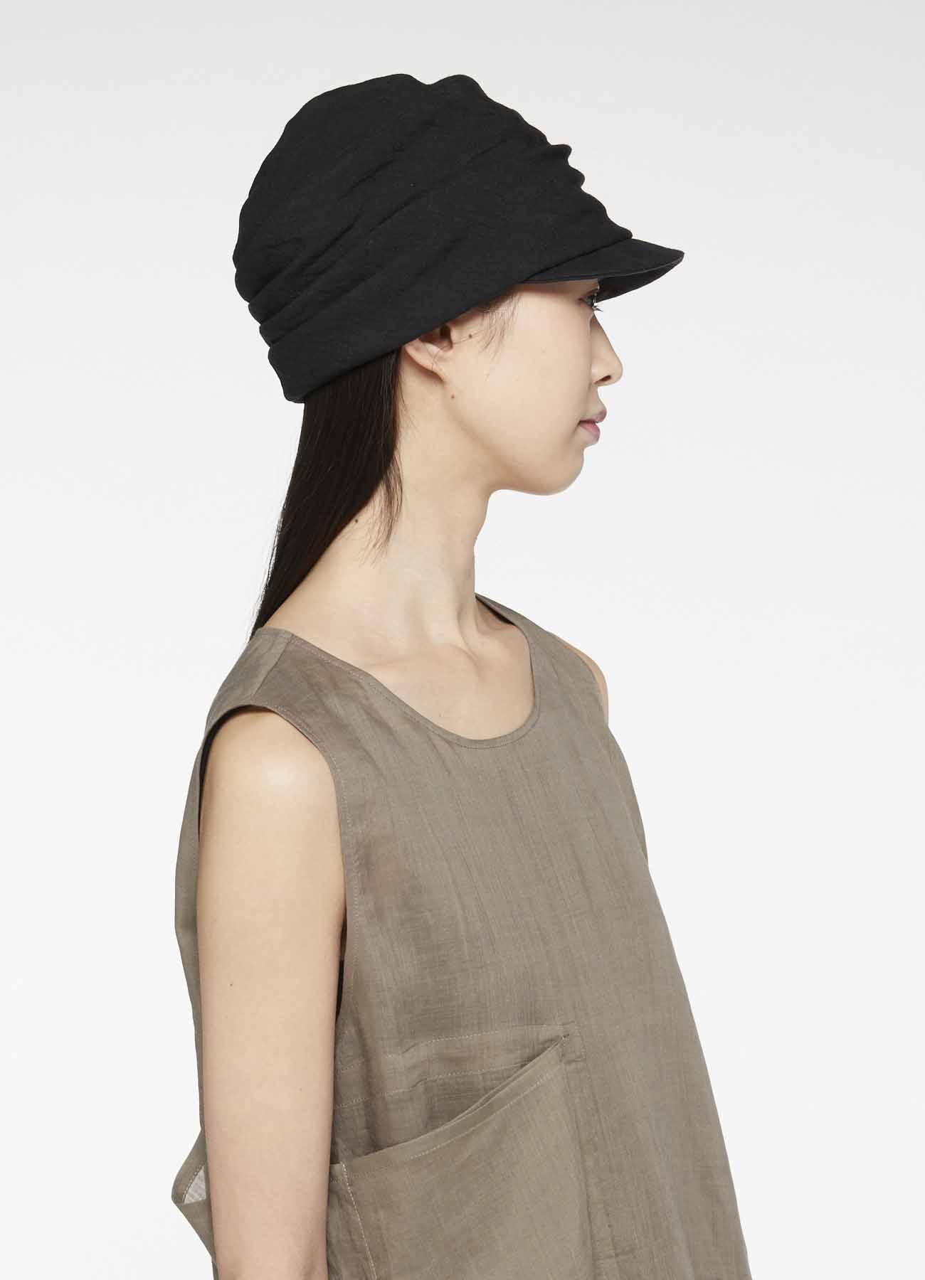 层叠鸭舌帽