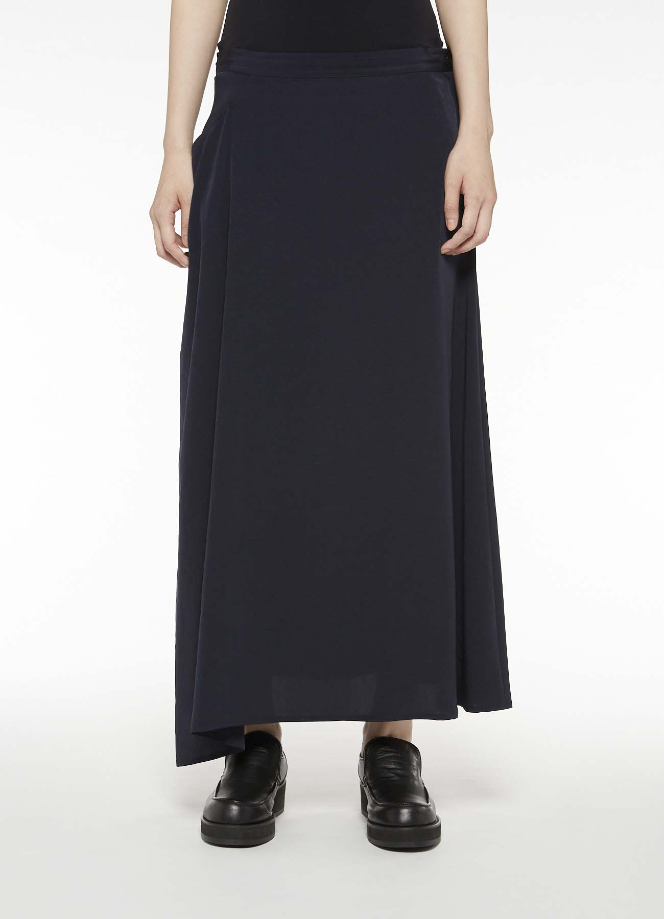 DECYNE RIGHT PLUSH FLARED SKIRT